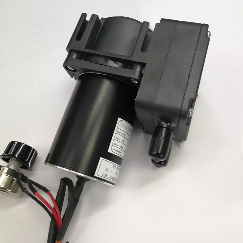 DA120BLDC -82kPa 35L/m 2bar Quiet Micro Vacuum Pumps Brushless Motor